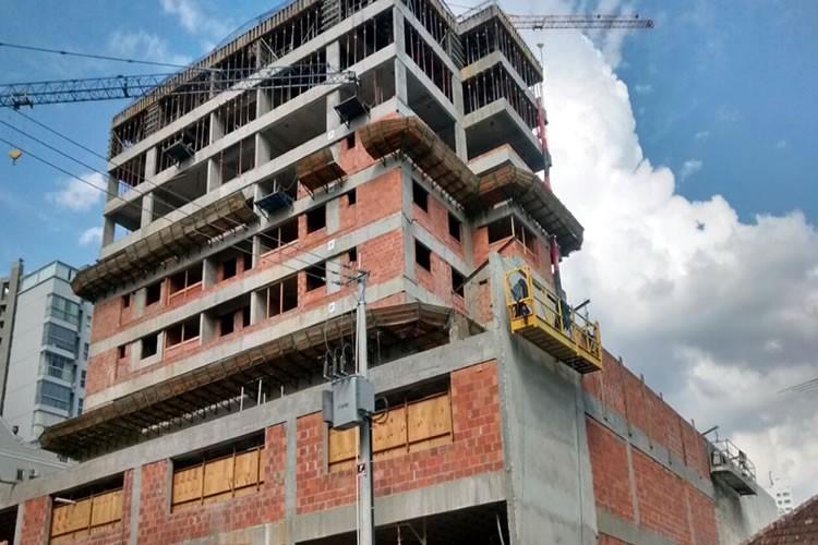 Andamento das obras - Chronos Residencial - Abril/2015